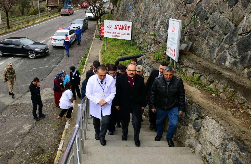 Trabzon Valisi İsmail Ustaoğlu Ataköy Ruh ve Sinir Hastalıkları Hastanesini ziyaret etti. 1