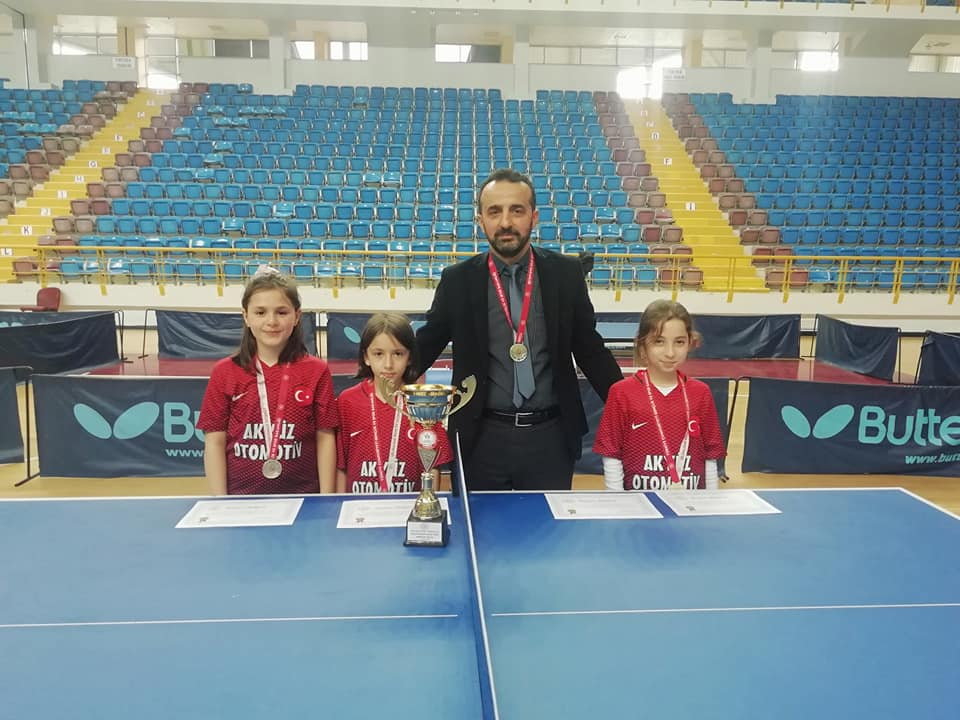 Zeki Bilge İlkokulu Masa Tenisinde Trabzon şampiyonu oldu 1