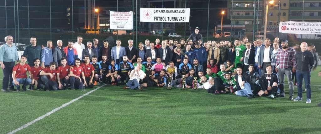 Çaykara Kaymakamlık Kupası Şampiyon Karaçamspor 17