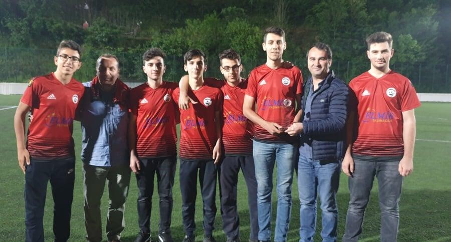Çaykara Kaymakamlık Kupası Şampiyon Karaçamspor 15