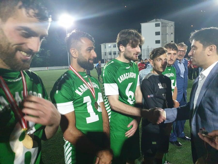 Çaykara Kaymakamlık Kupası Şampiyon Karaçamspor 6