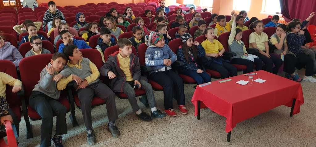 """Çaykara'da """"Trafik Haftası"""" çeşitli etkinliklerle kutlandı 1"""