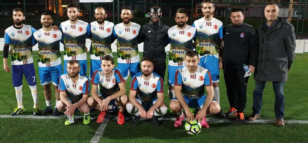 Çaykara Kaymakamlık Kupası grup maçlarında sona doğru geliniyor 1