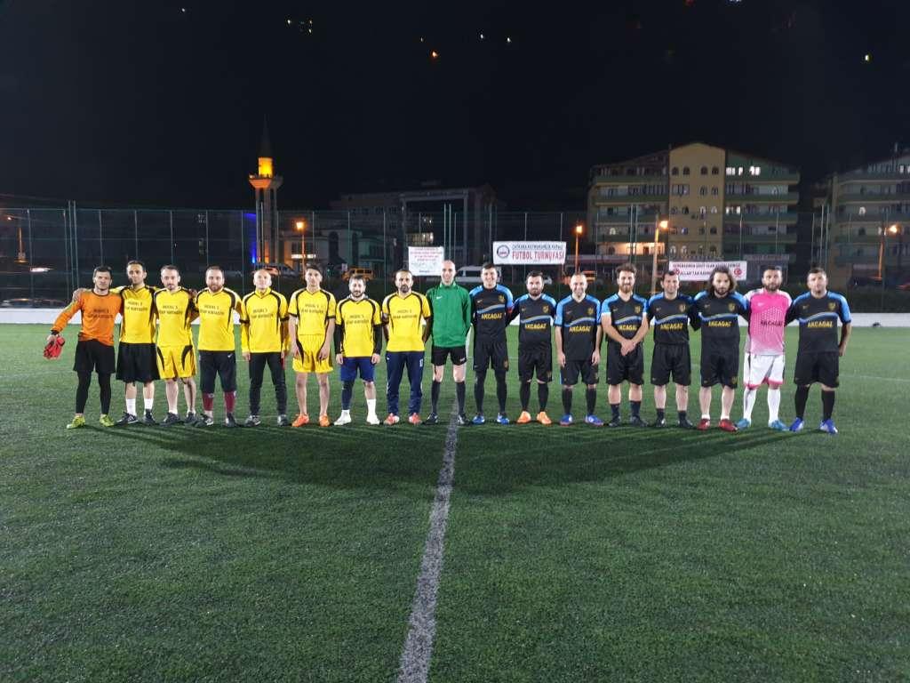 Yeşilalan Milli Gençlikspor ve Eğriderespor çeyrek finalde 1