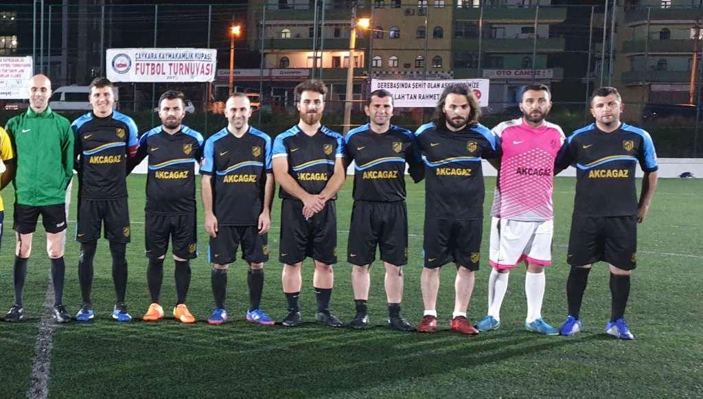 Yeşilalan Milli Gençlikspor ve Eğriderespor çeyrek finalde 5