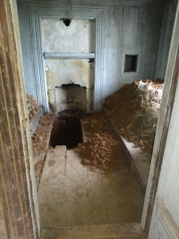 Define avcıları 150 yıllık ahşap evi talan etti 5