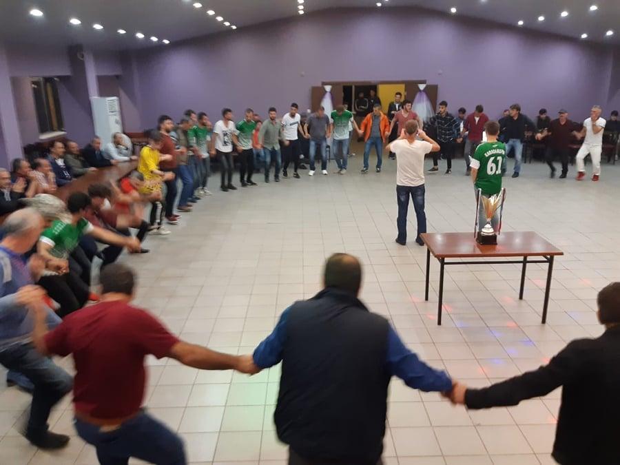 Karaçamspor'dan şampiyonluk kutlaması 13