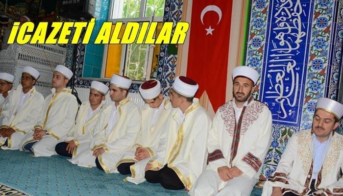 Hacı Ferşad Efendi Erkek Kur'an Kursunda 8 hafız icazet aldı