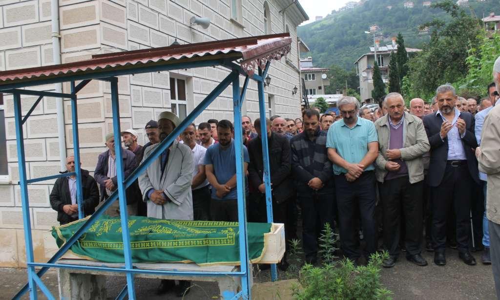 Mustafa Çakmak'ı binlerce kişi uğurladı 4