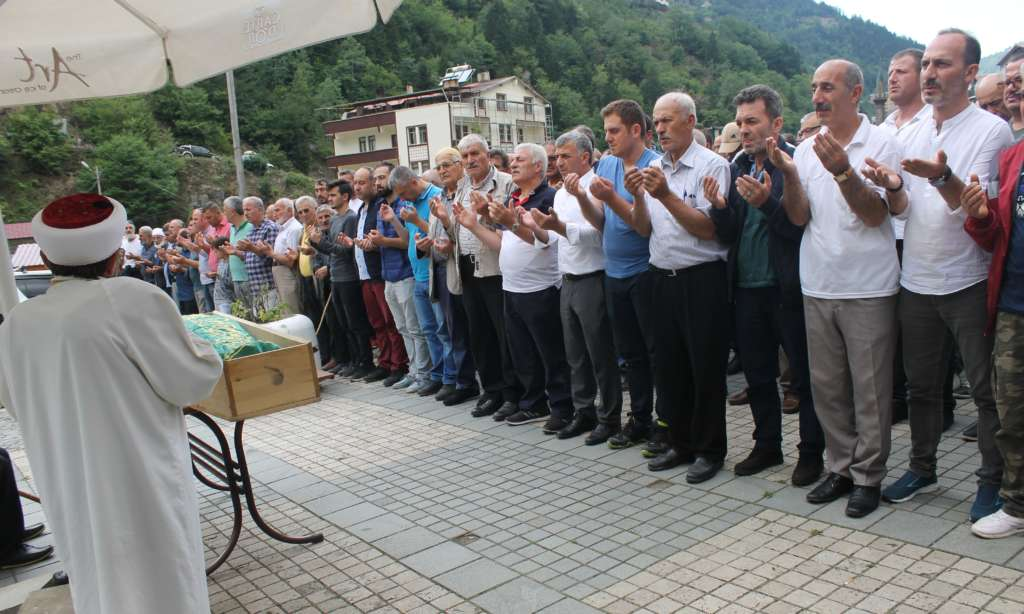 Mehmet Çelebi Taşkıran 'da toprağa verildi 5