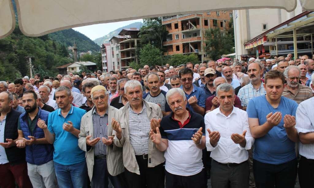 Mehmet Çelebi Taşkıran 'da toprağa verildi 8
