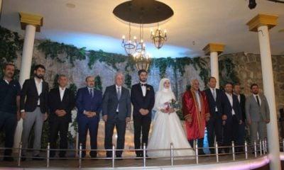 Protokol düğünde buluştu