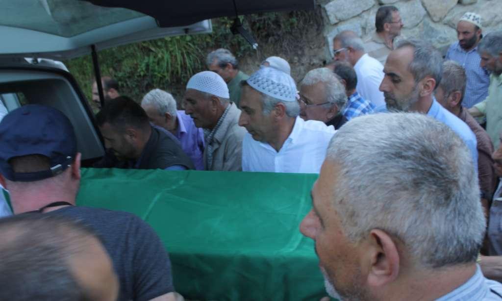 Seyfullah Kadıoğlu Köseli'de toprağa verildi. 9