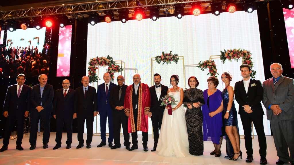 Başkan Zorluoğlu'nun en mutlu nikahı 1