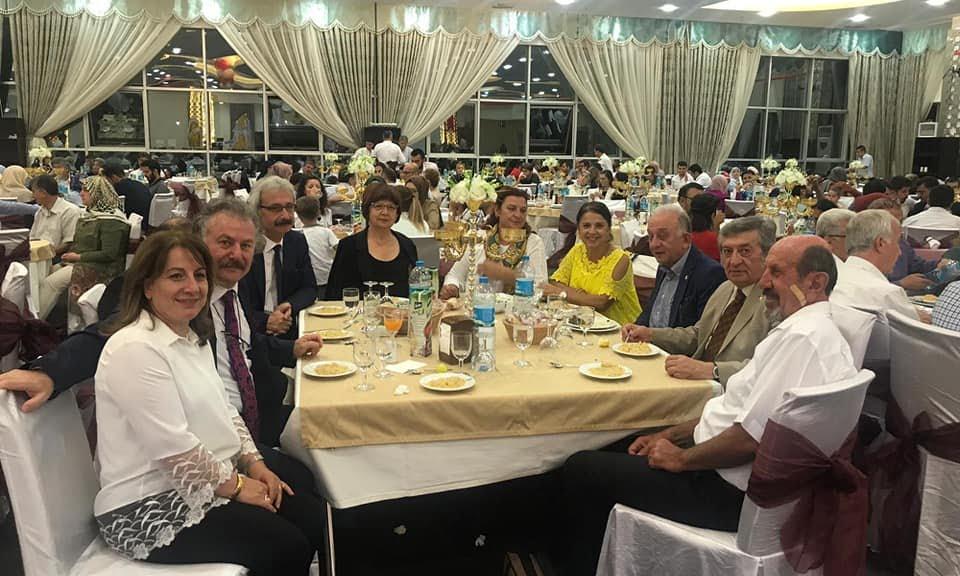 Prof Dr. Alaybey Karoğlu kızını evlendirdi 18