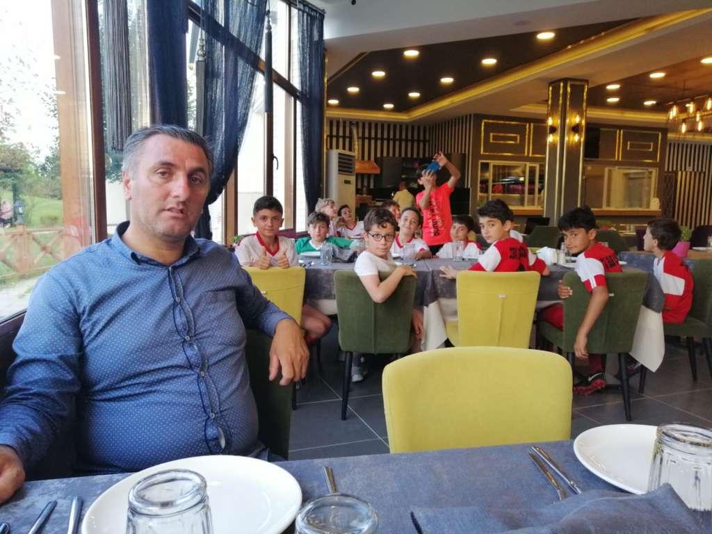 Turgut Uçar Trabzon Cup turnuvasında Çaykaraspor'un başarısı 6