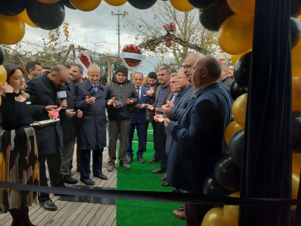 Kuymak Akhisar'da Cafe Ren'in açılışı yapıldı 2