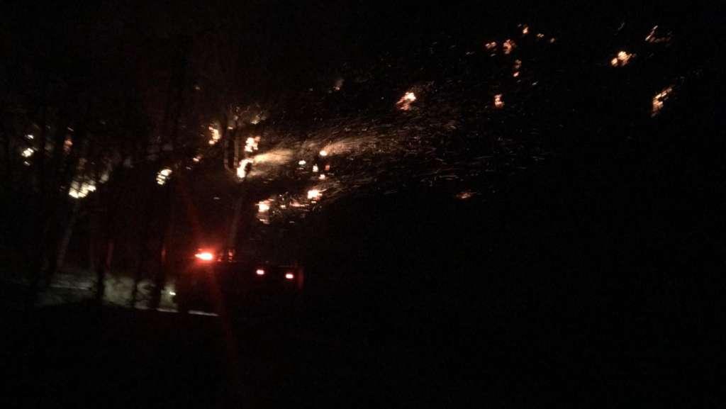 Ulucami mahallesinde yangın iki ev kül oldu 3