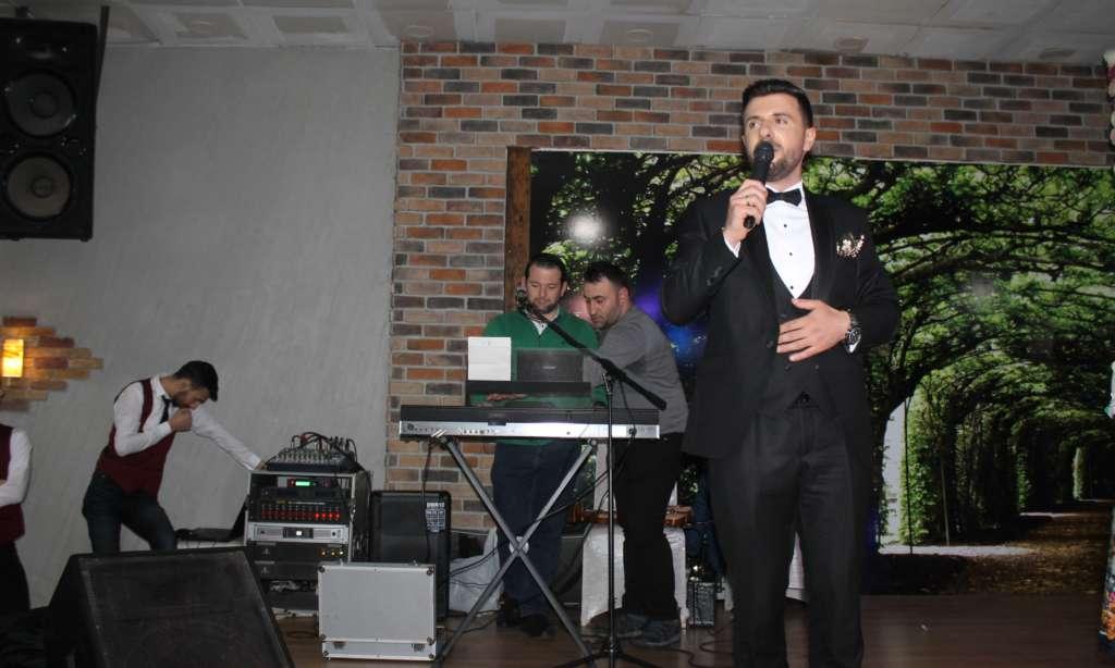 Derya ile Gökhan muhteşem düğün töreni ile hayatlarını birleştirdiler 1