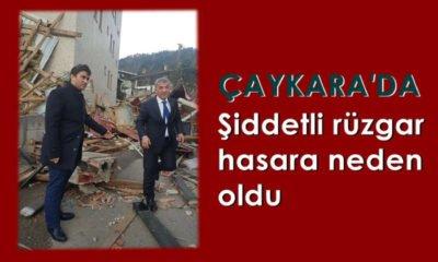 Çaykara'da şiddetli rüzgar çatıları uçurdu