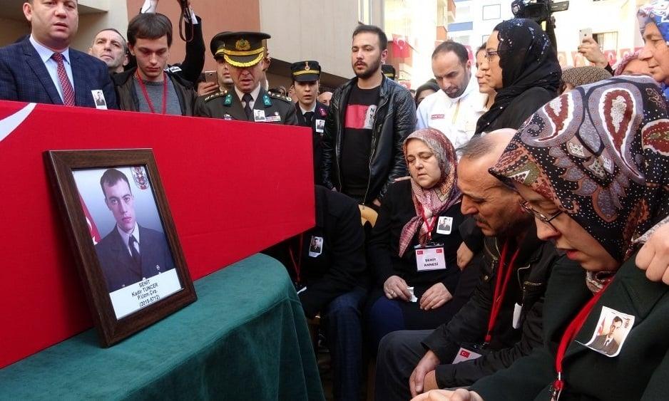 Şehit Kadir Tuncer mahşeri kalabalık ile uğurlandı! 12