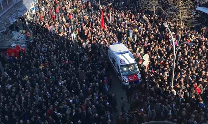 Şehit Kadir Tuncer mahşeri kalabalık ile uğurlandı! 15