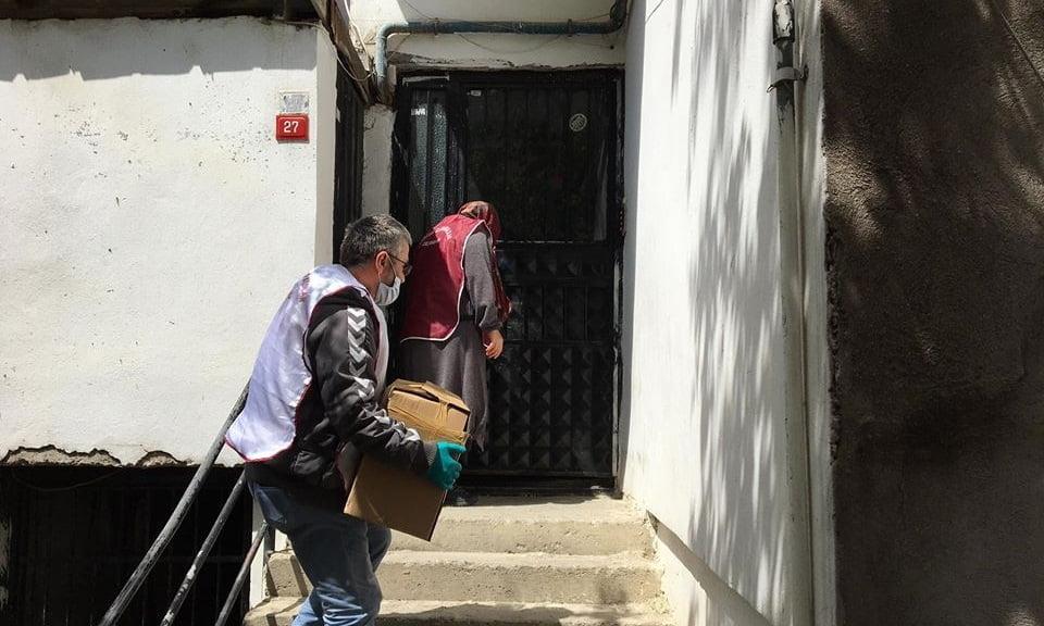 Çaykaralılar Derneği Ramazan ikram paketini ihtiyaç sahiplerine ulaştırdı 6