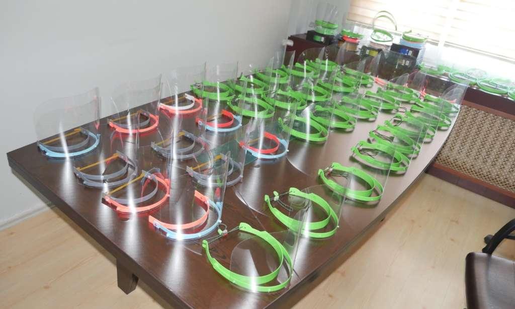 Trabzon Büyükşehir Belediyesi ürettiği maskeleri dağıtımına başlandı 6