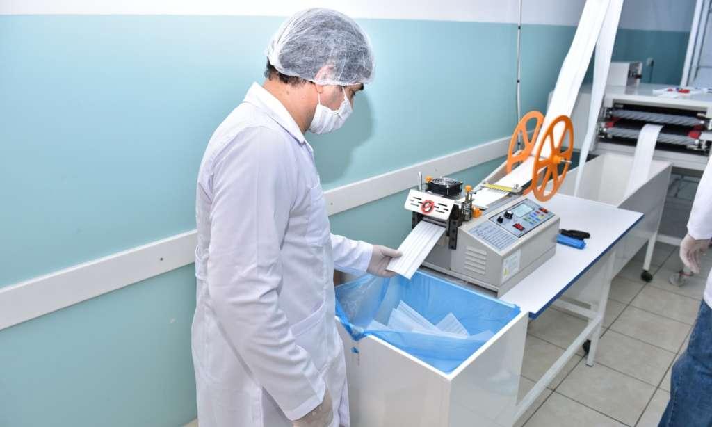 Trabzon Büyükşehir Belediyesi ürettiği maskeleri dağıtımına başlandı 2