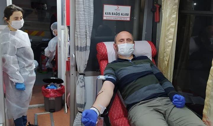 Çaykaralı Müdür Kızılay Kan merkezine 150 ünite kan bağışlamasına öncülük etti 3