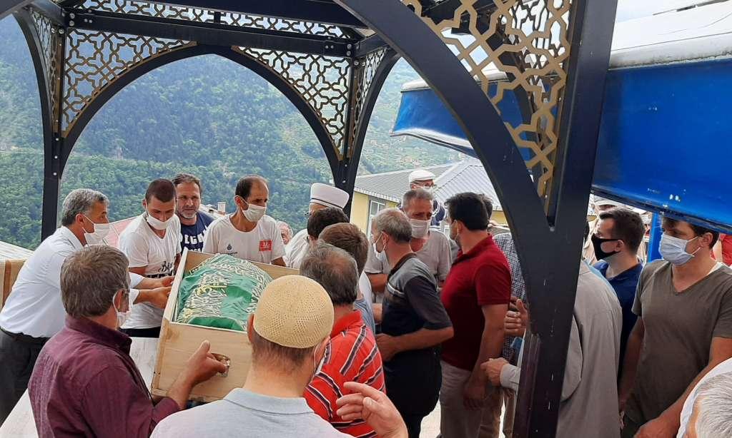 Mehmet Yavuz son yolculuğuna uğurlandı 9