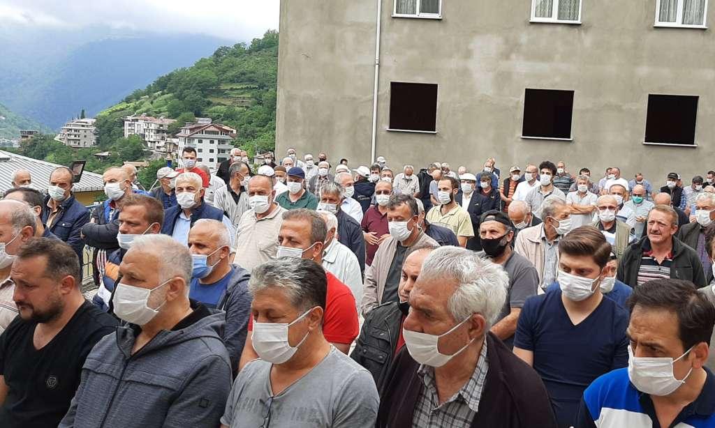 Mustafa Çelebi dualarla son yolculuğuna uğurlandı 2