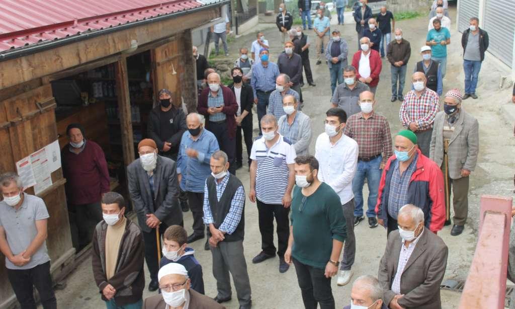 Ali Hikmet Arslan son yolculuğuna uğurlandı 3