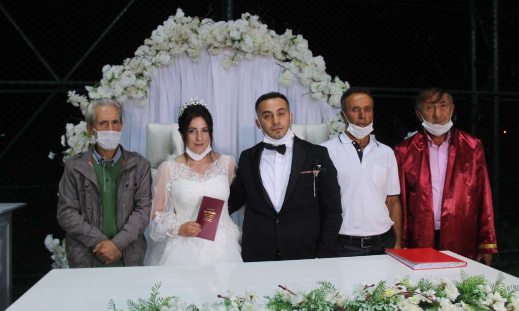 Ali Kemal Zeynep'ine kavuştu 4