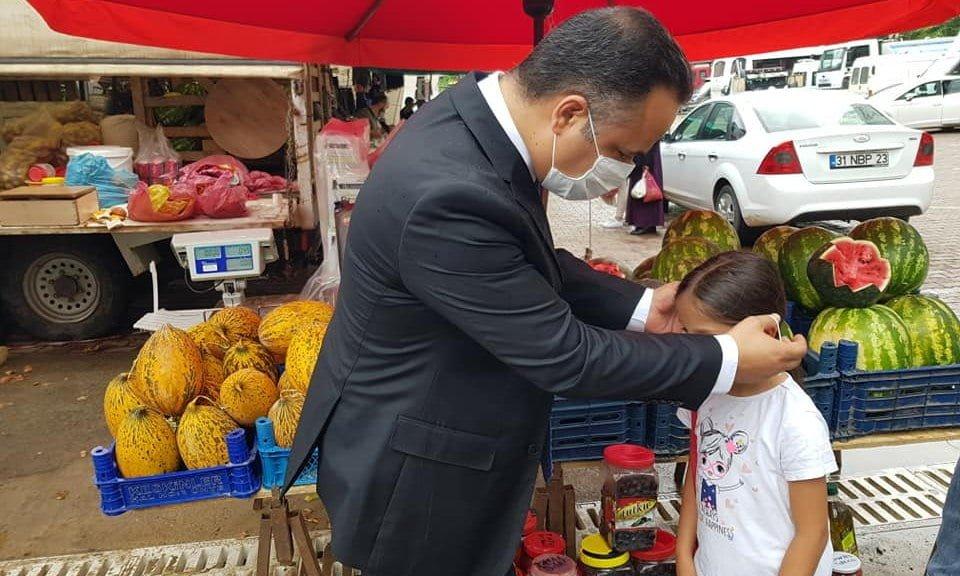 Çaykara Kaymakamı Çelikkol Belediye Başkanı Tok Pazar esnafını denetledi 2