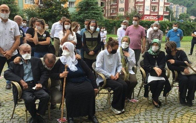Çaykaralı Ünlü Prof Dr. Turan Erdoğan dualarla son yolculuğuna uğurlandı 3