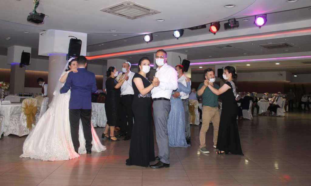 Trabzon'dan Çaykara'ya gelin geldi 5