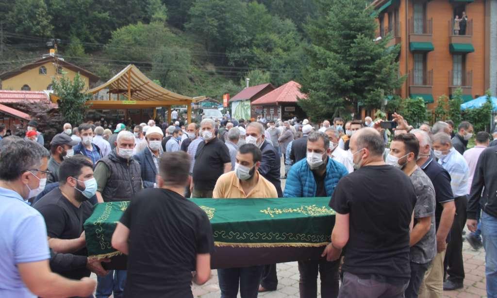 Almanya'da vefat eden Ahmet İnan sonsuza uğurlandı 8