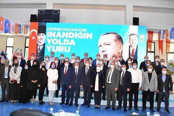 AK Parti Dernekpazarı ilçe kongresi yapıldı. 4