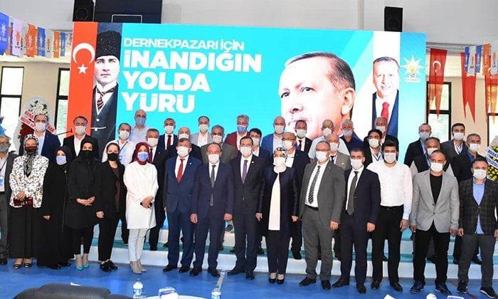 AK Parti Dernekpazarı ilçe kongresi yapıldı.