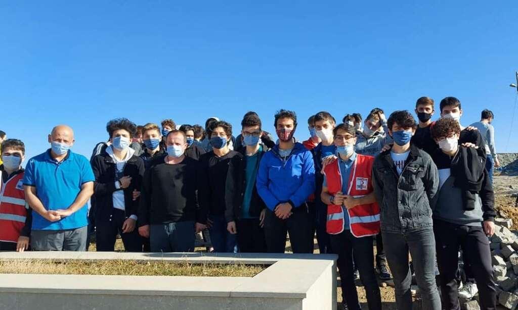 Çaykara'da yurtlarında kalan öğrencilere moral gezisi 12