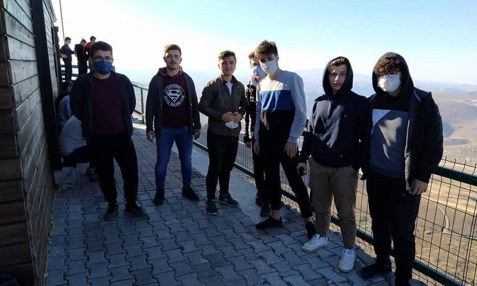Çaykara'da yurtlarında kalan öğrencilere moral gezisi 3