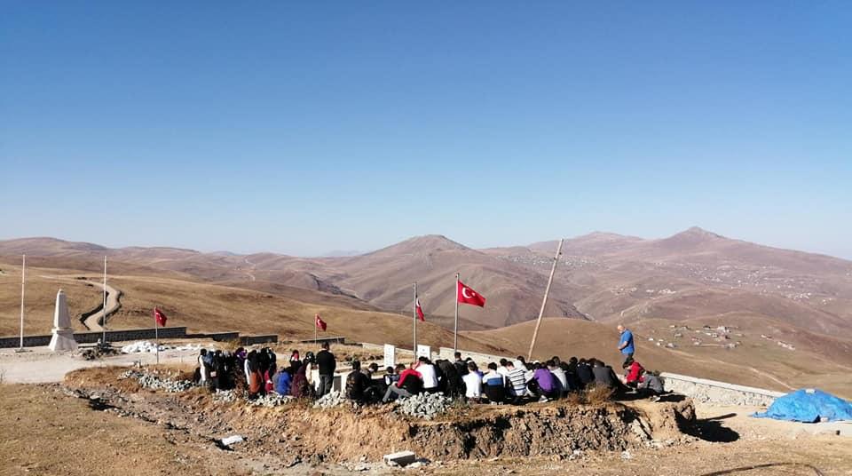 Çaykara'da yurtlarında kalan öğrencilere moral gezisi 6