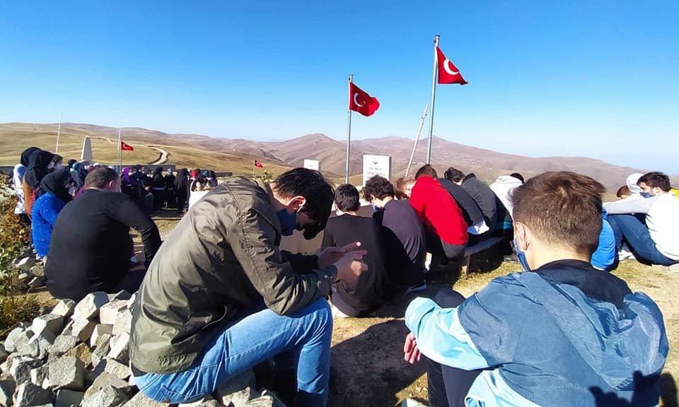 Çaykara'da yurtlarında kalan öğrencilere moral gezisi 7