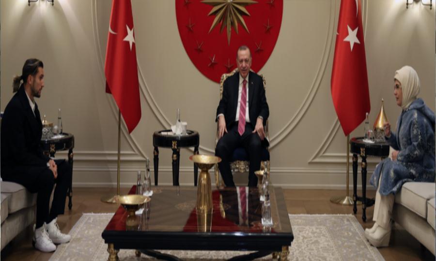 Çaykaralı Milli Futbolcu Yusuf Yazıcı Cumhurbaşkanı Erdoğan'a ziyaret