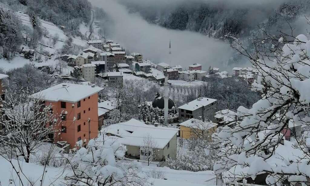 İlçemizin Mahallelerinden ve Uzungöl'den kar manzaraları 13