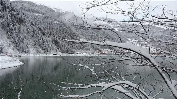 İlçemizin Mahallelerinden ve Uzungöl'den kar manzaraları 16