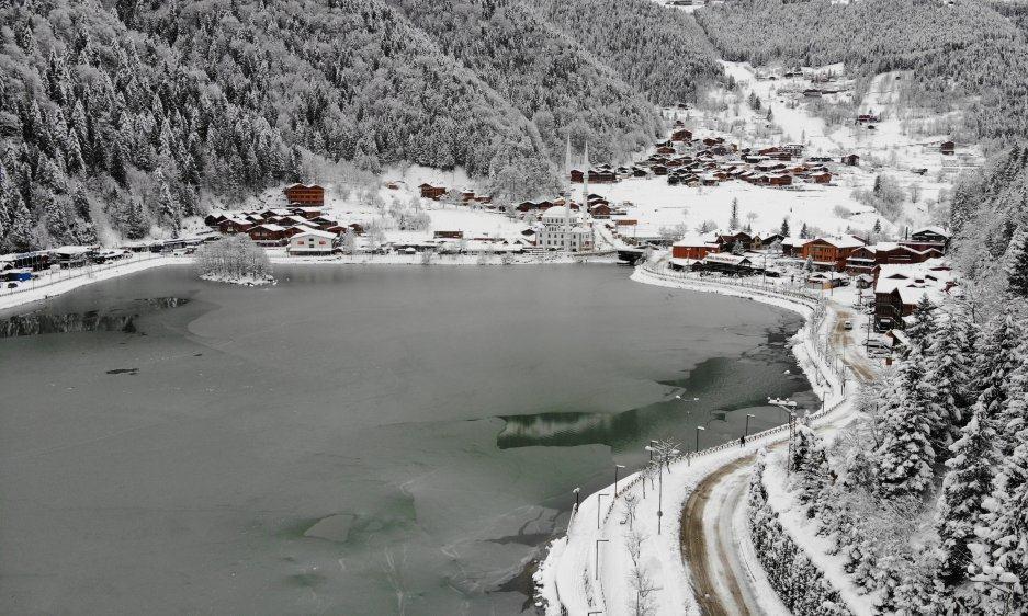 İlçemizin Mahallelerinden ve Uzungöl'den kar manzaraları 3