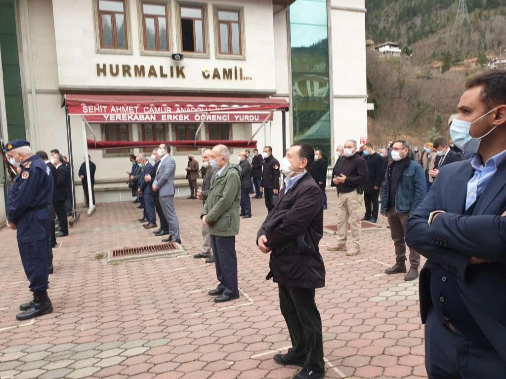 Emekli Öğretmen Mehmet Borazancı toprağa verildi 15