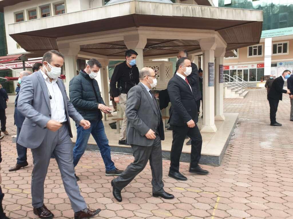 Emekli Öğretmen Mehmet Borazancı toprağa verildi 18